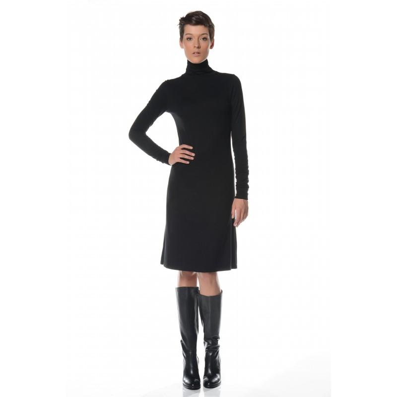 robe noire col montant v tement femme grande taille. Black Bedroom Furniture Sets. Home Design Ideas